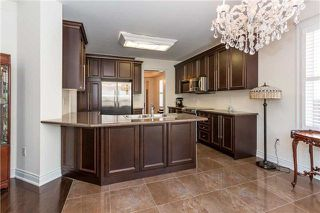 Photo 7: 37 Scotchmere Crescent in Brampton: Bram East House (2-Storey) for sale : MLS®# W4219305