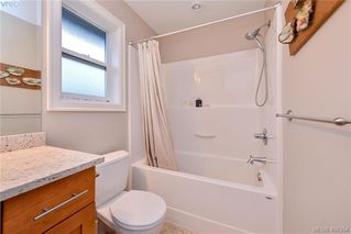 Photo 13: 680 Strandlund Ave in VICTORIA: La Mill Hill Row/Townhouse for sale (Langford)  : MLS®# 803440