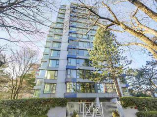 "Photo 1: 302 5425 YEW Street in Vancouver: Kerrisdale Condo for sale in ""The Belmont"" (Vancouver West)  : MLS®# R2337022"