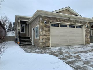 Main Photo: 41 Michener Boulevard in Red Deer: RR Michener Hill Residential Condo for sale : MLS®# CA0160657
