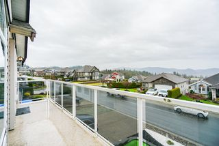 "Photo 5: 33599 12TH Avenue in Mission: Mission BC House for sale in ""College Heights"" : MLS®# R2355379"