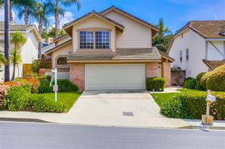 Photo 2: LA COSTA House for sale : 3 bedrooms : 7410 Brava St in Carlsbad