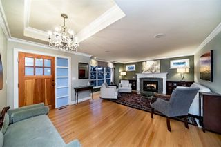 Photo 2: 427 ASHLEY Street in Coquitlam: Coquitlam West House for sale : MLS®# R2360203