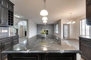 Photo 9: 2114 90A Street in Edmonton: Zone 53 House for sale : MLS®# E4155836