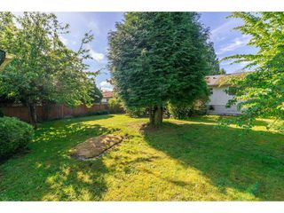 "Photo 20: 15623 18 Avenue in Surrey: King George Corridor House for sale in ""Sunnyside"" (South Surrey White Rock)  : MLS®# R2369500"