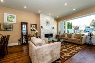 Photo 9: 315 E 20TH Street in North Vancouver: Central Lonsdale House for sale : MLS®# R2370073