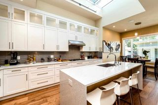 Photo 12: 315 E 20TH Street in North Vancouver: Central Lonsdale House for sale : MLS®# R2370073