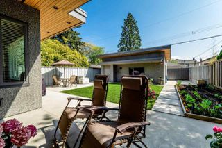 Photo 18: 315 E 20TH Street in North Vancouver: Central Lonsdale House for sale : MLS®# R2370073