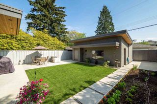 Photo 17: 315 E 20TH Street in North Vancouver: Central Lonsdale House for sale : MLS®# R2370073