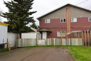 Photo 2: 3240 RAILWAY Avenue in Smithers: Smithers - Town House 1/2 Duplex for sale (Smithers And Area (Zone 54))  : MLS®# R2373224