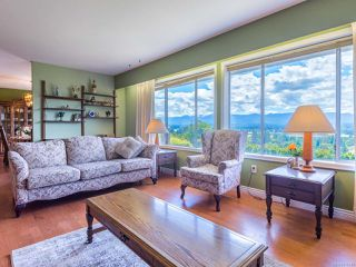 Photo 11: 561 Washington Cres in COURTENAY: CV Courtenay East House for sale (Comox Valley)  : MLS®# 816449