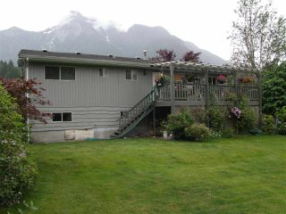 Photo 15: 65933 PARK Avenue in Hope: Hope Kawkawa Lake House for sale : MLS®# R2377604