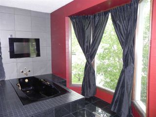 Photo 14: 12216 108 Avenue in Edmonton: Zone 07 House Half Duplex for sale : MLS®# E4161086