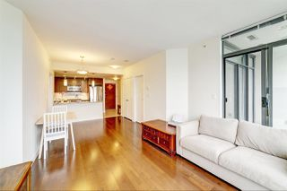 Photo 5: 1705 6888 ALDERBRIDGE Way in Richmond: Brighouse Condo for sale : MLS®# R2383638