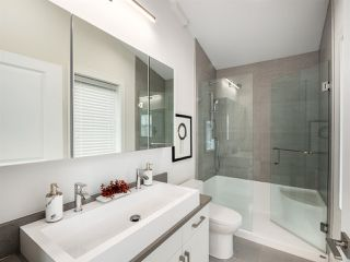 Photo 14: 1270 E 16TH Avenue in Vancouver: Knight House 1/2 Duplex for sale (Vancouver East)  : MLS®# R2387143