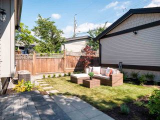 Photo 18: 1270 E 16TH Avenue in Vancouver: Knight House 1/2 Duplex for sale (Vancouver East)  : MLS®# R2387143