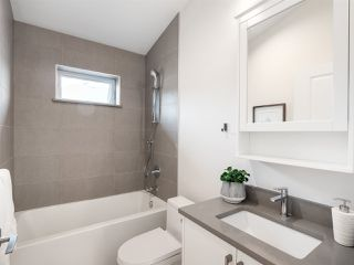 Photo 12: 1270 E 16TH Avenue in Vancouver: Knight House 1/2 Duplex for sale (Vancouver East)  : MLS®# R2387143