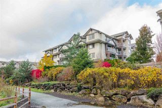 "Photo 2: 407 19340 65 Avenue in Surrey: Clayton Condo for sale in ""ESPIRIT AT SOUTHLANDS"" (Cloverdale)  : MLS®# R2414497"