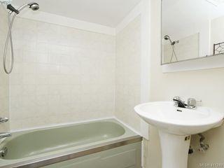 Photo 17: 540 Whiteside St in VICTORIA: SW Tillicum House for sale (Saanich West)  : MLS®# 827754