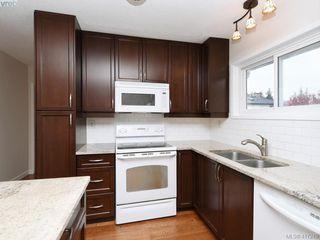 Photo 8: 540 Whiteside St in VICTORIA: SW Tillicum House for sale (Saanich West)  : MLS®# 827754