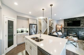 Photo 8: 13831 138 Avenue NW in Edmonton: Zone 27 House Half Duplex for sale : MLS®# E4182465