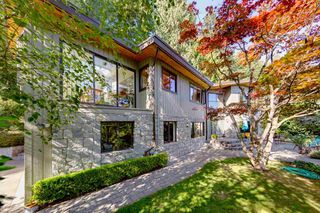 Main Photo: 5768 CRANLEY Drive in West Vancouver: Eagle Harbour House for sale : MLS®# R2428113
