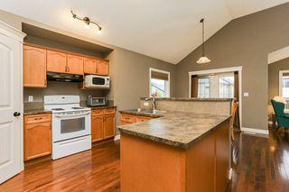 Photo 4: 4021 158 Avenue in Edmonton: Zone 03 House for sale : MLS®# E4187599