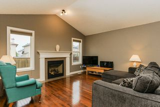 Photo 1: 4021 158 Avenue in Edmonton: Zone 03 House for sale : MLS®# E4187599