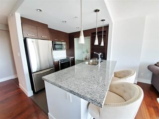 "Photo 4: 806 2959 GLEN Drive in Coquitlam: North Coquitlam Condo for sale in ""THE PARC"" : MLS®# R2437707"