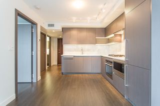 Photo 3: 906 3233 KETCHESON Road in Richmond: West Cambie Condo for sale : MLS®# R2443251