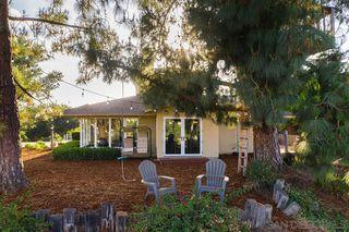 Photo 5: EL CAJON House for sale : 4 bedrooms : 1467 Hidden Mesa Trail