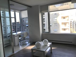 "Photo 2: 704 1283 HOWE Street in Vancouver: Downtown VW Condo for sale in ""TATE"" (Vancouver West)  : MLS®# R2476620"