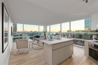 """Main Photo: 2202 1050 BURRARD Street in Vancouver: Downtown VW Condo for sale in """"Vancouver Wall Centre"""" (Vancouver West)  : MLS®# R2480459"""
