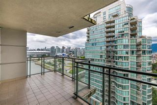 """Photo 8: 1801 1128 QUEBEC Street in Vancouver: Downtown VE Condo for sale in """"THE NATIONAL"""" (Vancouver East)  : MLS®# R2484422"""
