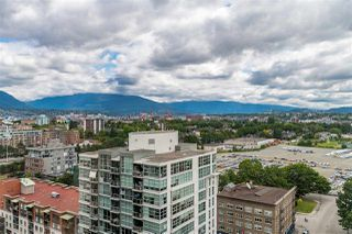 """Photo 5: 1801 1128 QUEBEC Street in Vancouver: Downtown VE Condo for sale in """"THE NATIONAL"""" (Vancouver East)  : MLS®# R2484422"""