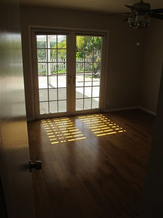 Photo 7: Townhome for sale : 2 bedrooms : 751 Sunflower in Encinitas