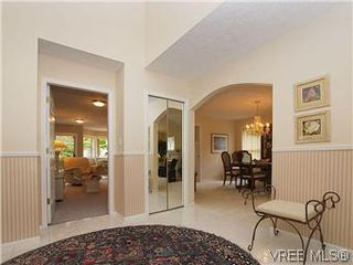 Photo 14: 1028 Adeline Pl in VICTORIA: SE Broadmead House for sale (Saanich East)  : MLS®# 573085