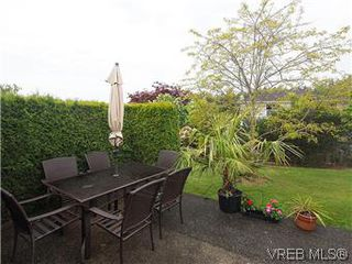 Photo 19: 1028 Adeline Pl in VICTORIA: SE Broadmead House for sale (Saanich East)  : MLS®# 573085