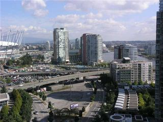 "Photo 6: 2107 193 AQUARIUS ME in Vancouver: Yaletown Condo for sale in ""MARINASIDE RESORT"" (Vancouver West)  : MLS®# V911903"