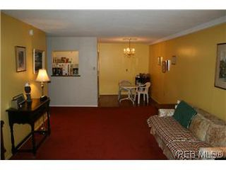 Photo 3: 108 2040 White Birch Rd in SIDNEY: Si Sidney North-East Condo for sale (Sidney)  : MLS®# 586872