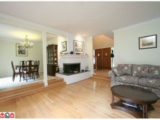 Photo 3: 2885 132 Street in Surrey: White Rock House for sale : MLS®# F1107419