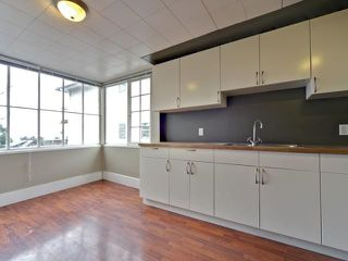 Photo 9: 215 E 29 Street in North Vancouver: Upper Lonsdale House for sale : MLS®# V872920