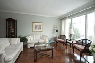 Photo 2: 47 Sir Lancelot Drive in Markham: Markham Village Freehold for sale : MLS®# N2580014