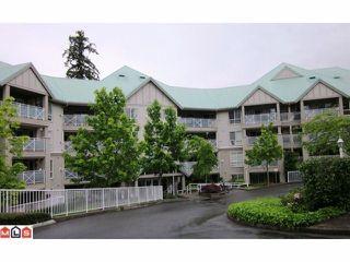 Main Photo: 213 15150 29A in Surrey: Condo for sale : MLS®# F2311606