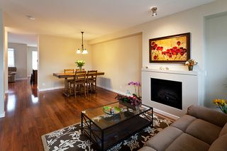 Photo 6: 118 1125 Kensal Place in Coquitlam: New Horizons Townhouse for sale : MLS®# V994728