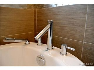 Photo 10: 3654 Coleman Place in VICTORIA: Co Latoria Single Family Detached for sale (Colwood)  : MLS®# 330231
