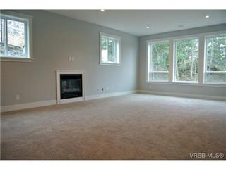 Photo 12: 3654 Coleman Place in VICTORIA: Co Latoria Single Family Detached for sale (Colwood)  : MLS®# 330231