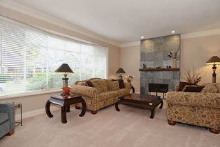 Photo 3: 2433 West 35th Avenue in Vancouver: Quilchena Home for sale ()