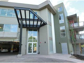 Main Photo: 203 4303 1 Street NE in : Highland Park Condo for sale (Calgary)  : MLS®# C3623377