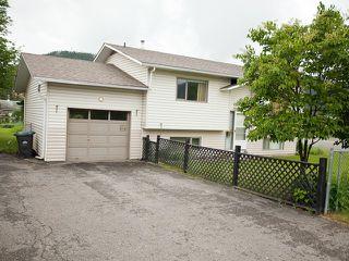 Photo 2: 2021 N THIRD Avenue in Williams Lake: Williams Lake - City House for sale (Williams Lake (Zone 27))  : MLS®# N237528